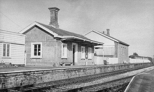 1976 - Another view of the Williton station buildings on Platform 1. ©Photographer unknown.