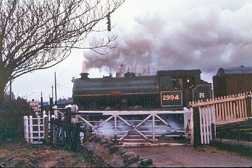 1982 - Vulcan leaving Williton with an up working on an especially mucky day in April. ©Trainweb (Roger Viggers)