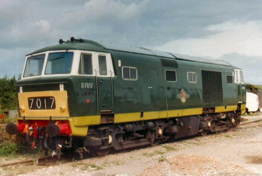 1982 - Class 35 Hymek No. D7017 at Williton. This work is licenced under a Creative Commons Licence. © Brian Hart