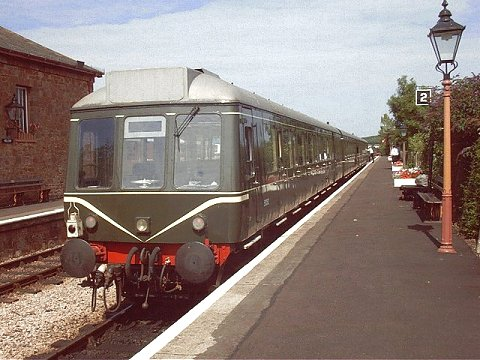 2003 - DMU at Williton on 16 August. This work is licenced under a Creative Commons Licence. © Jon Tooke