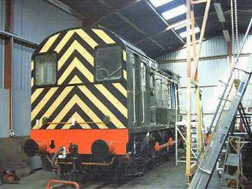 2004 - Class 08 shows off new paintwork at Williton on 25 January. This work is licenced under a Creative Commons Licence. © Jon Tooke