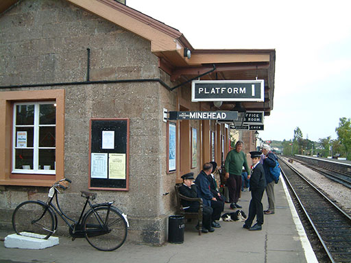 2004 - Williton Station on 3 October. © Mike Dan