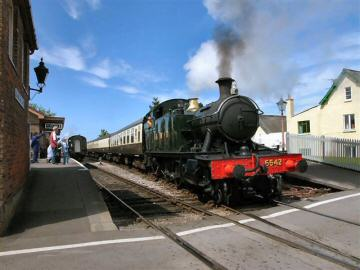 2005 - GWR 2-6-2T No. 5542 leaving Williton for Bishops Lydeard on 29 May. This work is licenced under a Creative Commons Licence. © Chris Phillips