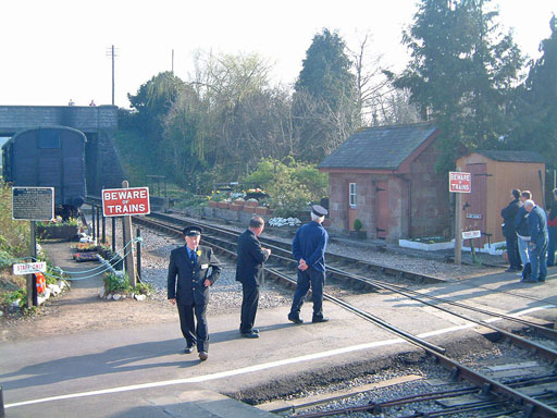 2005 - Station Staff waiting for the next train on 19 March. © Mike Dan