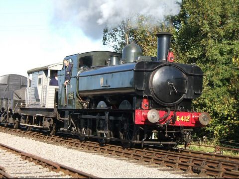 2006 - GWR 0-6-0PT No. 6412 enters Williton Station with a Stage Two Steam Engineman Course in November. This work is licenced under a Creative Commons Licence. © Ian Grady