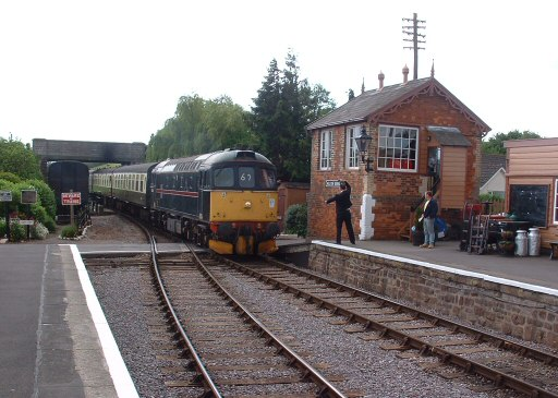 2007 - Class 33 Crompton No. 33202 arrives at Williton with the 11.40am from Bishops Lydeard to Minehead on 19 May. This work is licenced under a Creative Commons Licence. © Andy Spencer