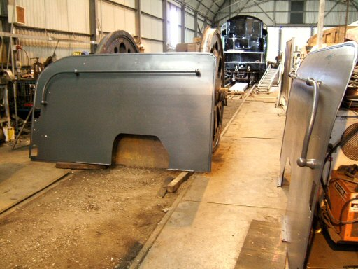 2007 - Smoke deflectors for SR 4-6-2 No. 34046 in primer at Williton on 3 October. This work is licenced under a Creative Commons Licence. © Ian Grady