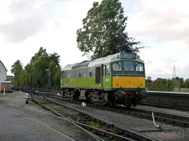 2011 - Class 25 No. D7523 returns to base at Williton following its stint on the diesel diagram on 16 July. This work is licenced under a Creative Commons Licence. © Brad Cottrell