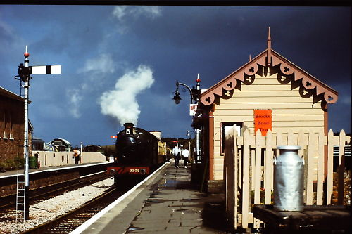 1988 - GWR Class 2251 0-6-0 No. 3205 at Williton © Martin Hope