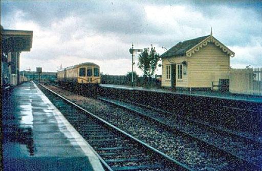 Park Royal DMU at Williton, c1982. ©Trainweb (Rogers Viggers)