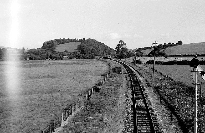 Williton - view from A39 road bridge looking towards Castle Hill ©RCTS - The Courtney Haydon Collection