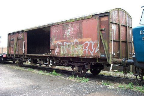 2002 - Ferry Wagon at Williton. This work is licenced under a Creative Commons Licence. © Mike Randall
