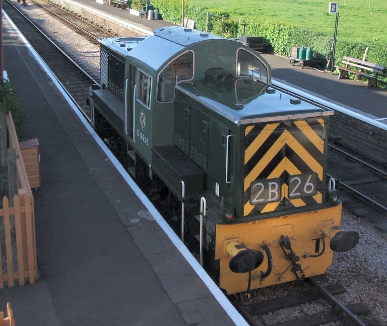 2013 - Class 14 No. D9526 awaiting a dead loss load - a Class 33 before setting off on a test run towards Blue Anchor on 18 May. This work is licenced under a Creative Commons Licence. © Simon Purvis.