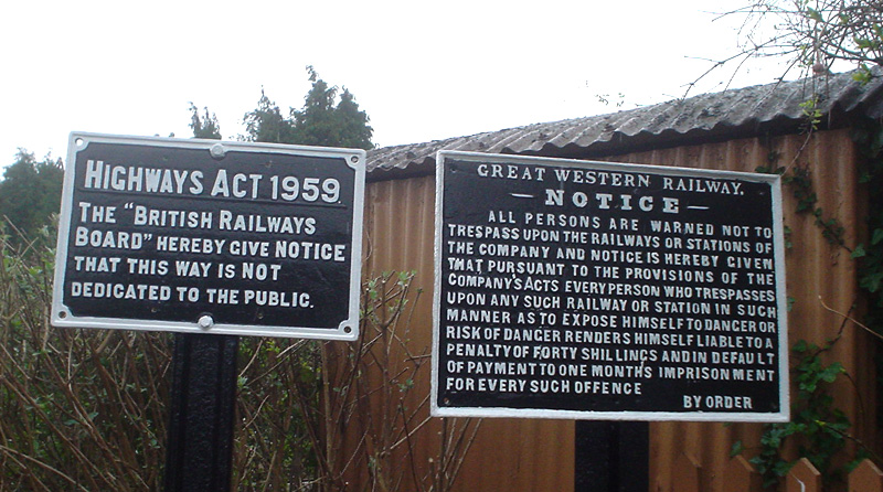 2019.03.18. These are two of the five original cast iron signs by the road crossing. All five have been restored to their original glory. © John Parsons
