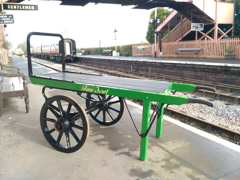 20.03.10. LSWR platform trolley ready for work in its new Southern coat! © Chris Hooper